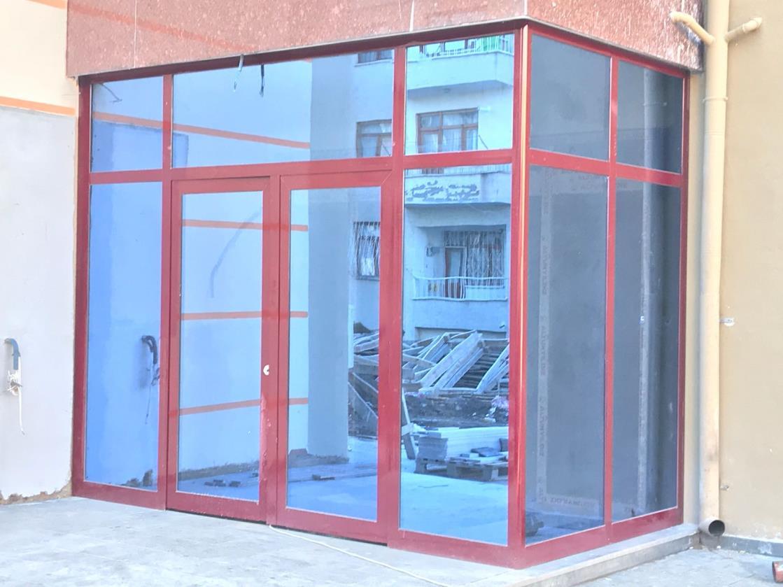 Bina Giriş Kapısı 11