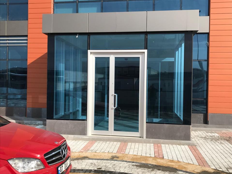 Bina Giriş Kapısı 12