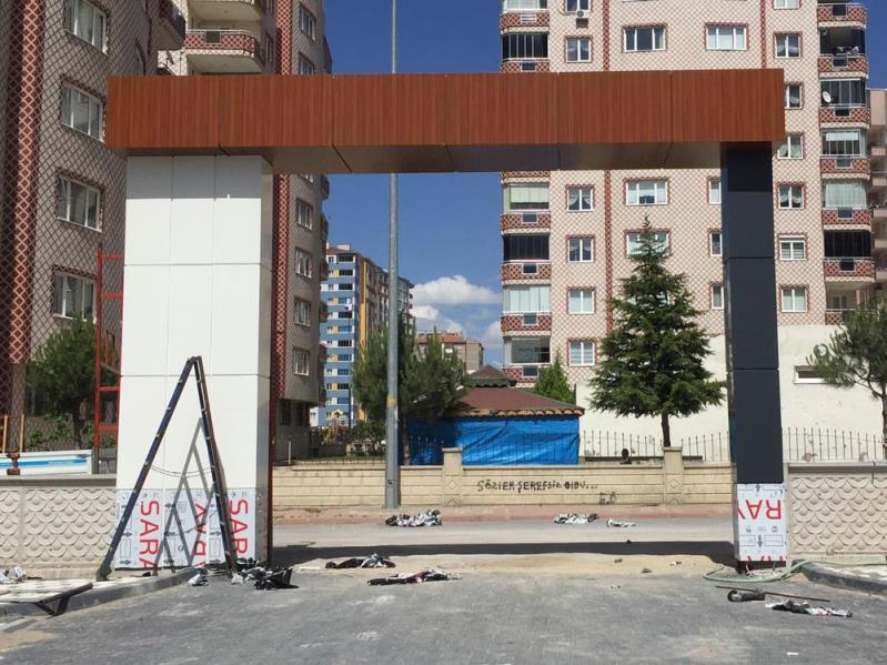 Bina Giriş Kapısı 27
