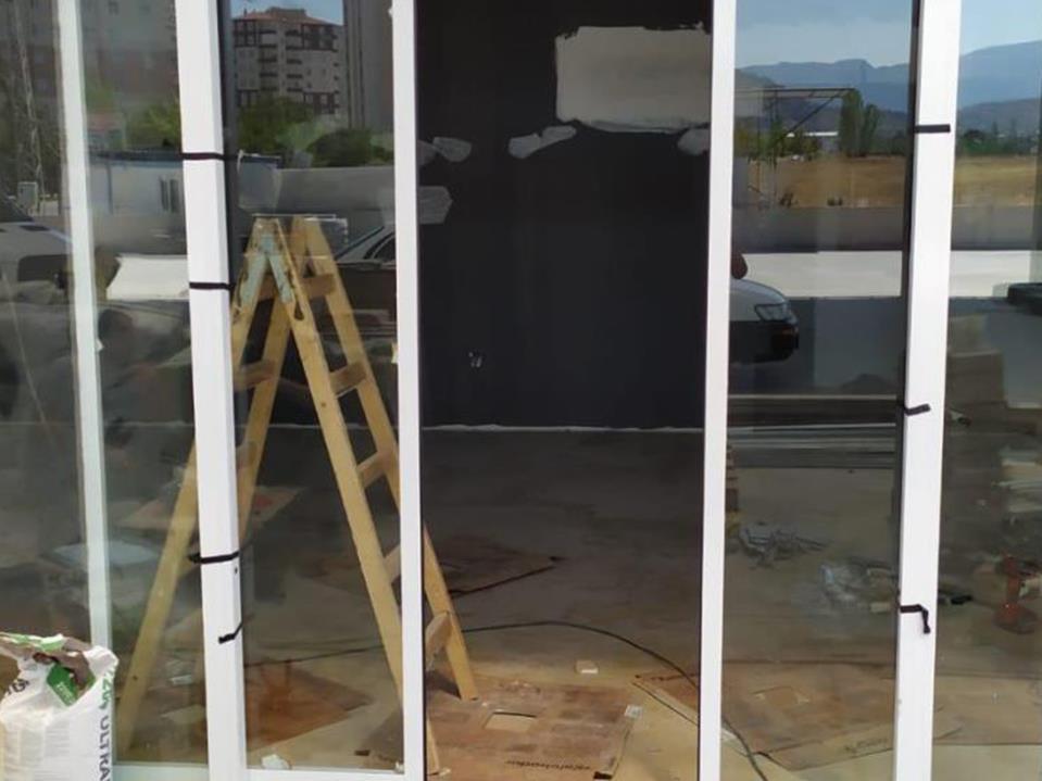 Bina Giriş Kapısı 25
