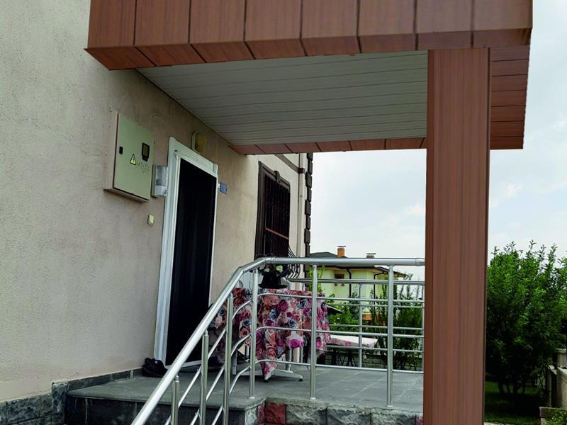 Bina Giriş Kapısı 32